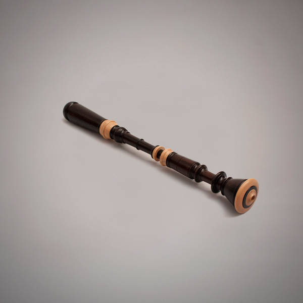 Ronqueta con llave de madera de granadillo y doble anillado en buxo para tonalidad Do