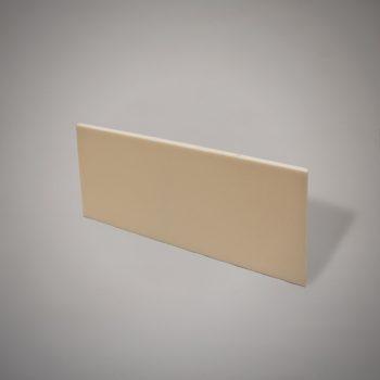 Plancha de metacrilato color marfil de 12 mm de espesor