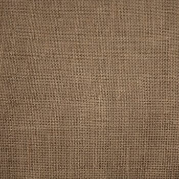 Tela de yute tipo saco color marrón claro
